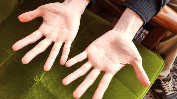 両手ますかけの意味は宇宙人にはちょっと難しい  by ぺとら