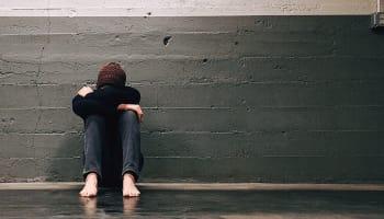 好きな人が泣く夢を見るのはなぜ?彼の心理は?