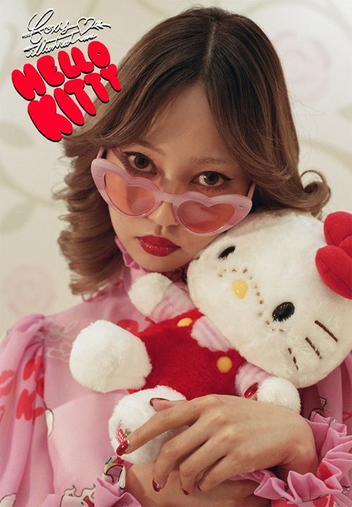 HELLO KITTY × foxy illustrations2