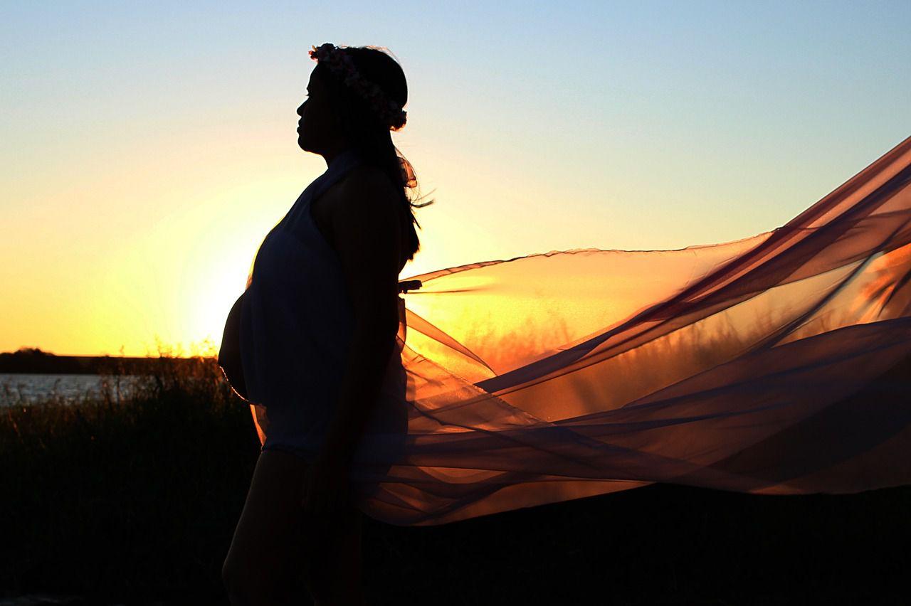 妊娠する夢を見たときの意味とその心理は?