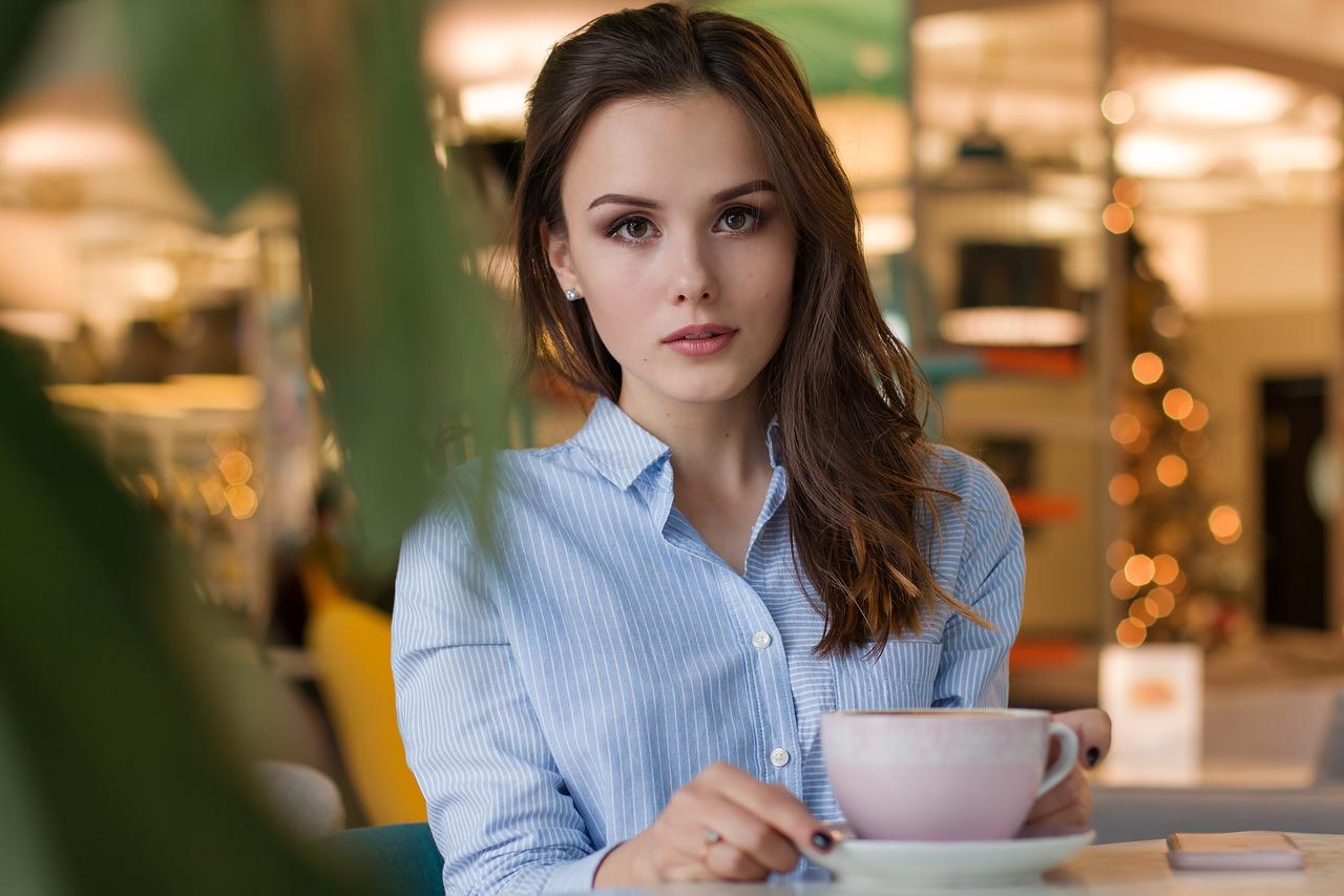 男性が思う「第一印象がいい女性」の特徴! 初対面で好かれるポイント
