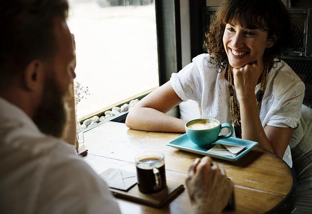 気になる人の連絡先を聞きたい時の上手な交換方法