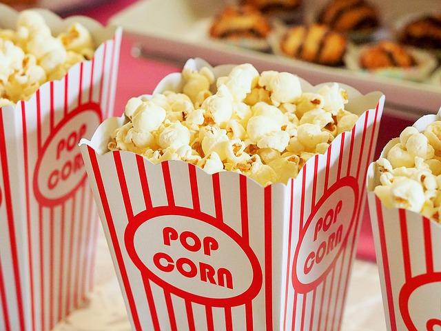 好きな人を映画デートに誘う方法や口実