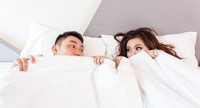 夫婦だけでなくカップルにも密かに多い、セックスレスの悩み